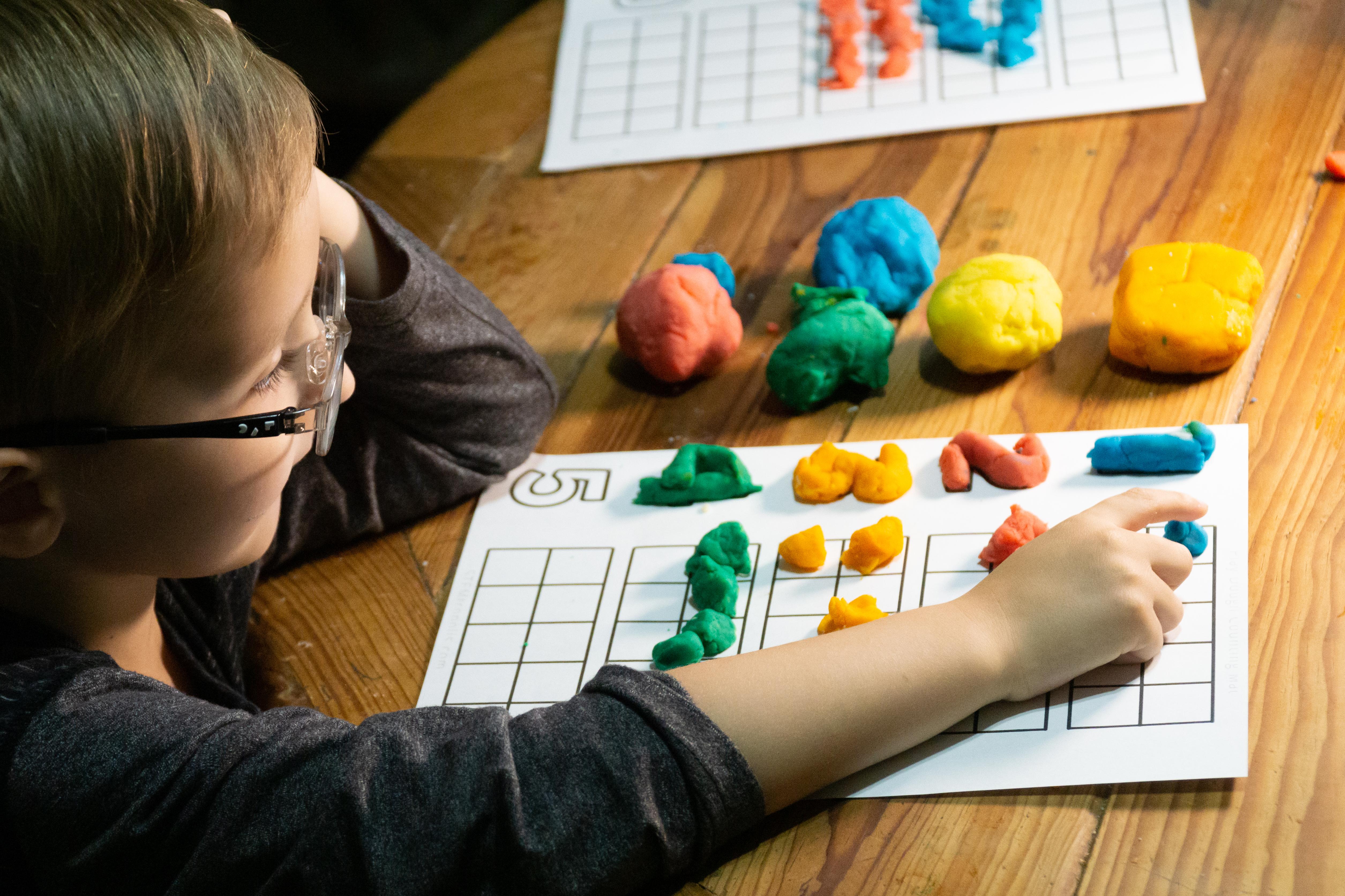 Playdough Math Counting Mat FREE printable download